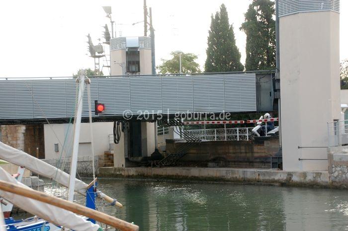 Hebebrücke von Frontignan