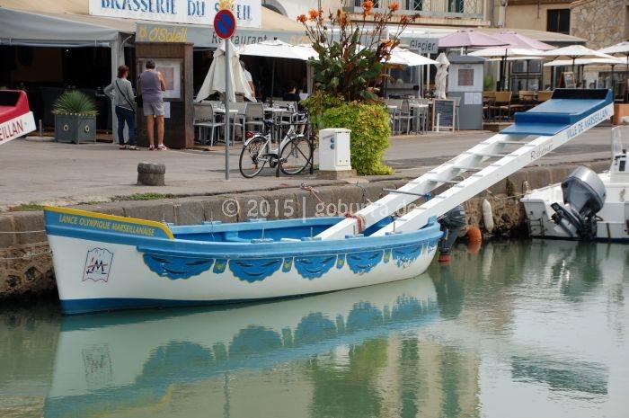 Fischerstecher Barke in Mèze